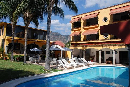 Hotel Quinta Roma: Hotel y alberca