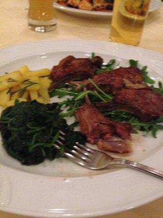 Ratskeller da Vittorio:                   lamb chops