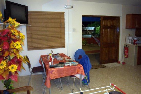 Nos Krusero Apartments:                   dining area