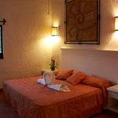 Hotel Quinta Roma: Master Suite cama king y jacuzzi