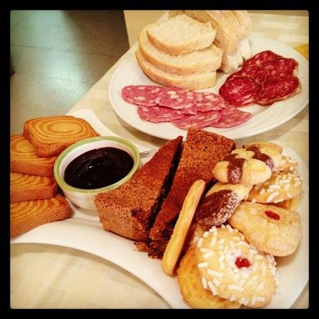 Cascina Ponchietta:                   colazione