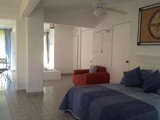 Hotel Quinta Roma: Master Suite cama queen y jacuzzi