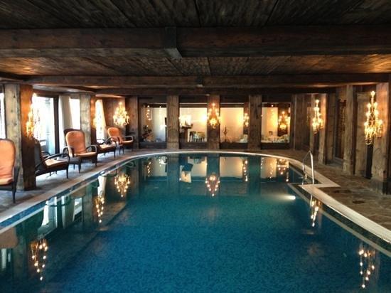 Hotel Alpenhof :                   Piscina