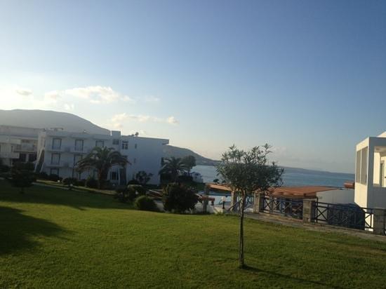 Ariadne Beach Hotel:                   Ariadne
