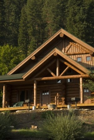 River Dance Lodge: Private Cabins