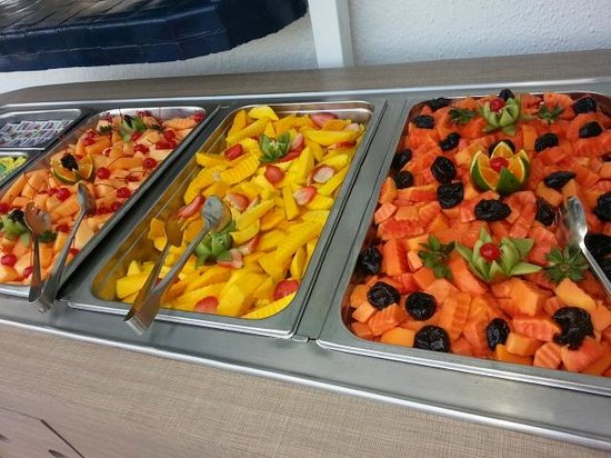 Hotel Casablanca:                                     Fresh fruit