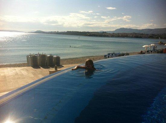 Le Meridien Lav Split:                   Pool                 