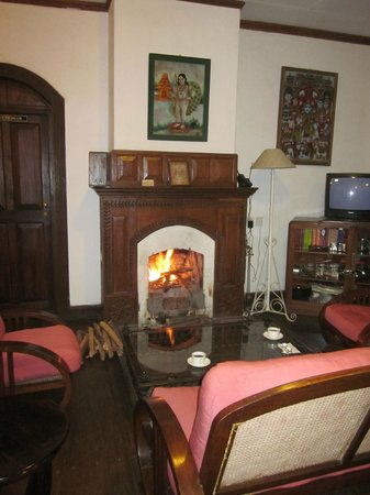 Neemrana's - Wallwood Garden: Sitting room