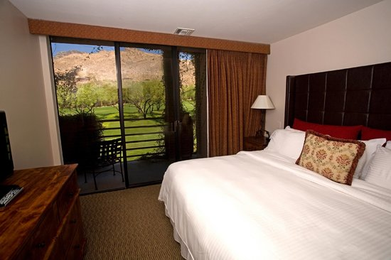 Lodge at Ventana Canyon: Enjoy spectacular views just from your room!