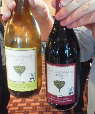 Homewood Suites by Hilton Oakland-Waterfront:                   wine