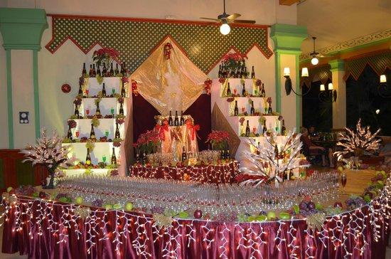 Hotel Riu Playacar:                   Brindis de fin de año