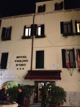 Hotel Violino d'Oro Front