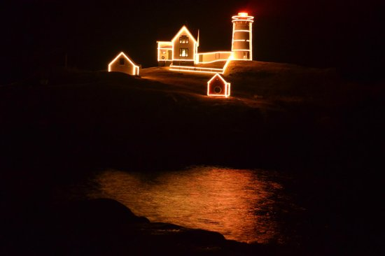 Cape Neddick Nubble Lighthouse: What can you say?....