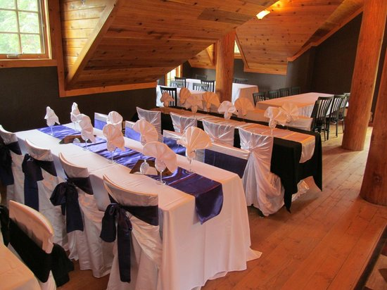 Kicking Horse Saloon : The Conference room all dressed up a perfect place for a special occasion or big event.