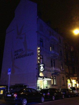 Hotel am Landeshaus:                   外観です