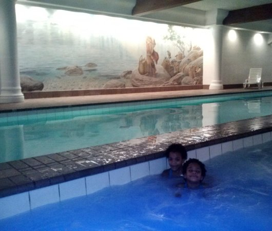 Enzian Inn:                   Lovely Indoor Pool
