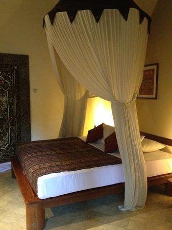โรงแรมปูริมาดาวี:                   bed
