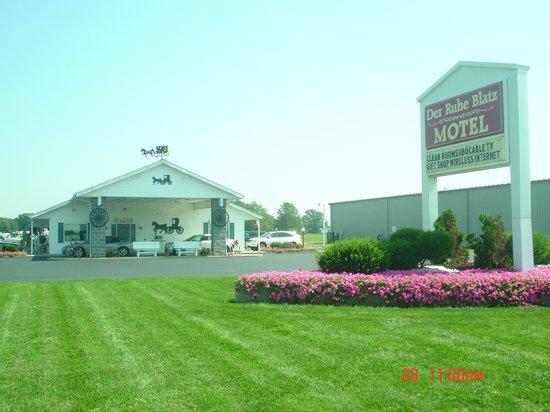 Der Ruhe Blatz Motel: Exterior View