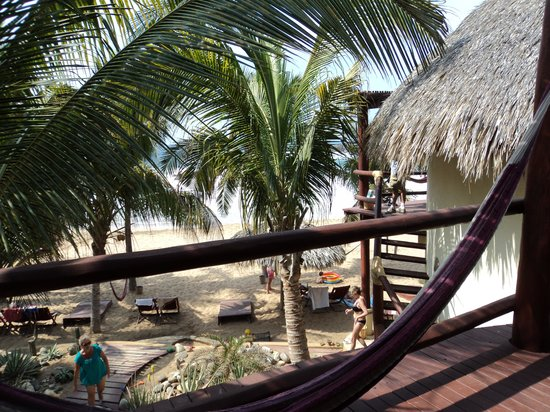 Punta Placer Bungalows :                   View from upstairs cabana balcony