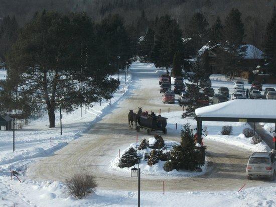 Le Manoir du Lac Delage:                                     le ''traîneau du Père Noël'' le 25 décembre
