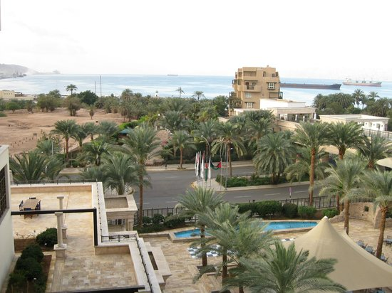 Movenpick Resort & Residences Aqaba: Red Sea view room (4th floor)