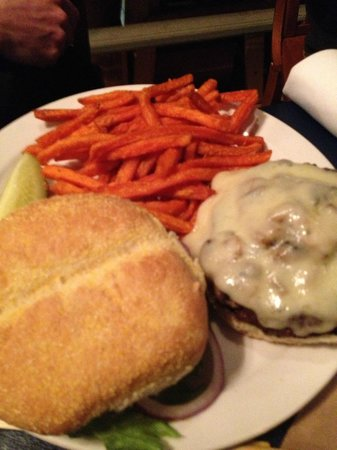 Altitude Chophouse and Brewery : Buger and Sweet Potato Fries - got two thumbs up