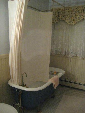 Berry Manor Inn:                                     We had a beautiful bathroom complete with bath