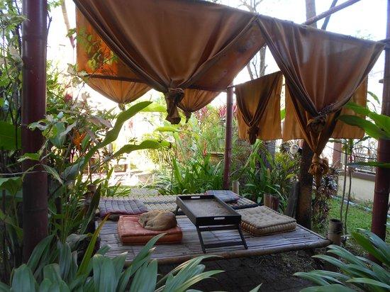 Sabai Garden:                   Внутренний двор