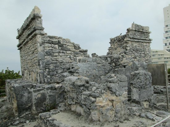 The Westin Lagunamar Ocean Resort: Mayan Ruins