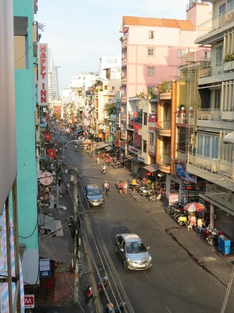 Meraki Hotel : Main street