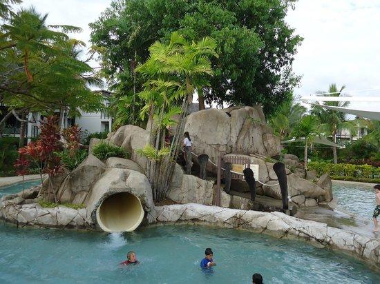 Radisson Blu Resort Fiji Denarau Island:                   Kids pool