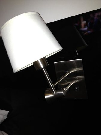 Rydges Sydney Central:                   bedside lamp? great fittings?! lol