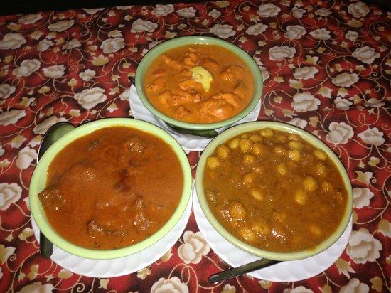 Royal Tandoor:                   Butter Chicken, Mutton Rogan Josh, chenna dal