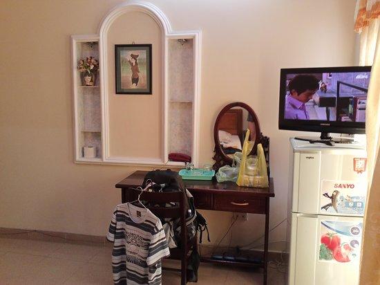 Titi Hotel:                   big fridge, flat screen TV
