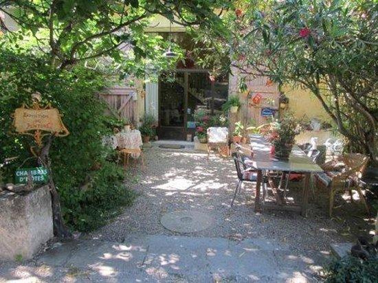 Moulin de la Croix : petit déjeuner extérieur