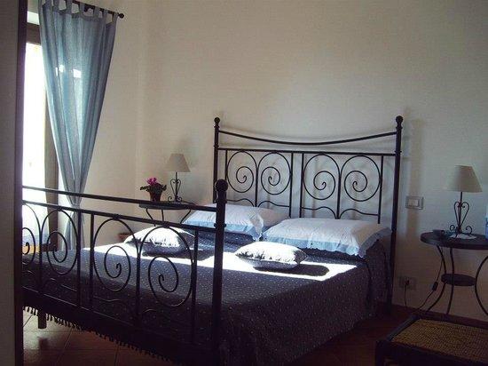 B&B La Culla Dei Castelli Romani - Country  House  Monte Artemiso: camere di charme con servizi