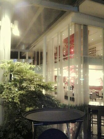 S2 Indonesia:                                     romantic and stylist restaurant