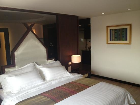 โรงแรมสีหราช
