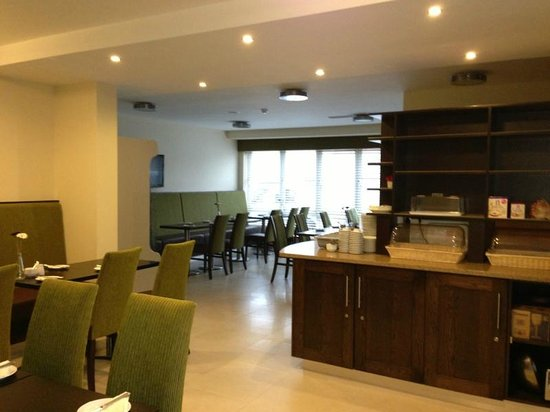 Strandhill Lodge and Suites Hotel: Breakfast Room