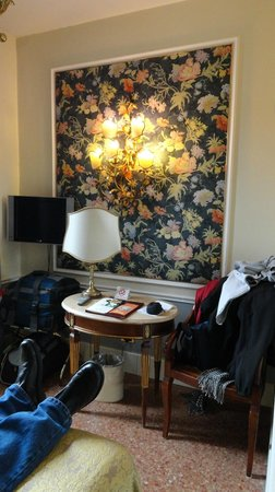 Arlecchino Hotel:                   our room