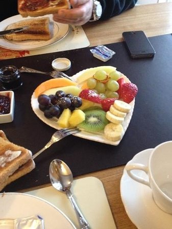Ascot House Hotel:                   from breakfast