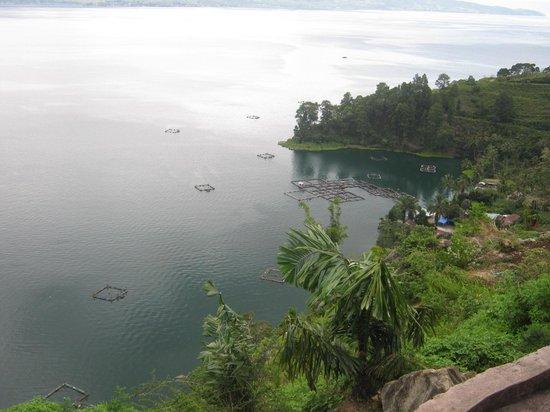 North Sumatra, إندونيسيا: Beautiful Lake Toba