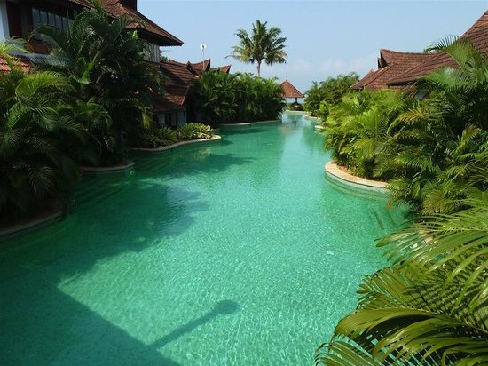 Pool Villa Refreshment Picture Of Kumarakom Lake Resort Kumarakom Tripadvisor