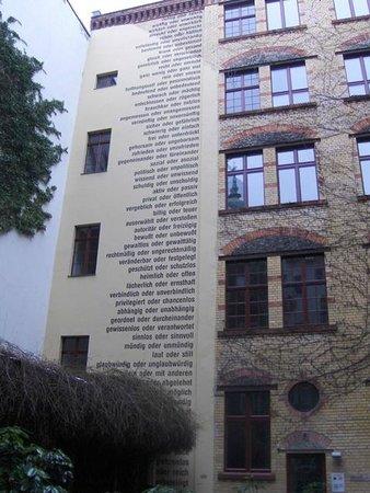 barcomis picture of barcomi 39 s deli berlin tripadvisor. Black Bedroom Furniture Sets. Home Design Ideas