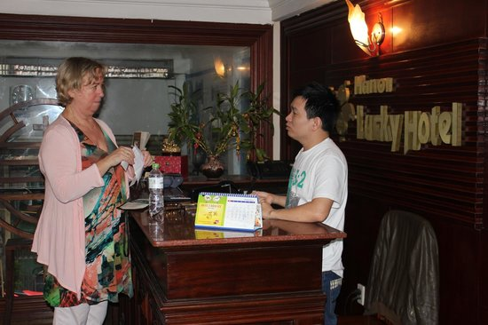 Hanoi Lucky II Hotel:                                     The very helpful Trung