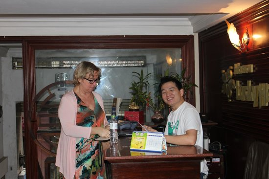 Hanoi Lucky II Hotel:                                     All the bookings he made for us were very satisfactory.
