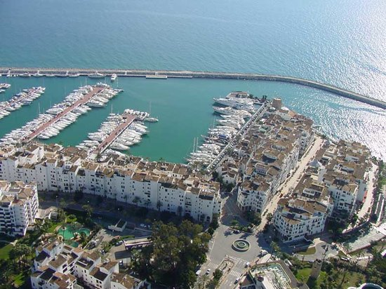 Puerto Banús Marina: from above