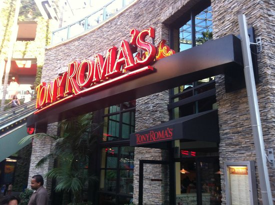 Tony Roma S Los Angeles 100 Universal City Plz