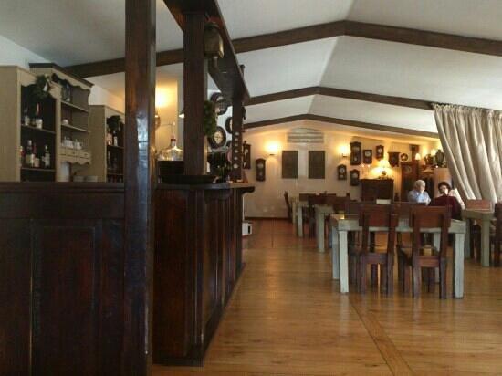Restauracja Kwadrans :                   sala