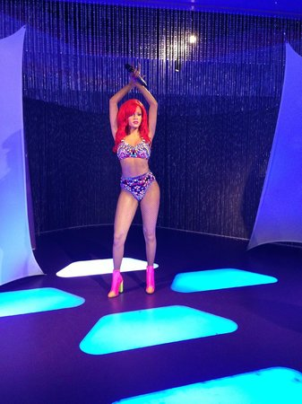 Madame Tussauds Hollywood: Rihanna